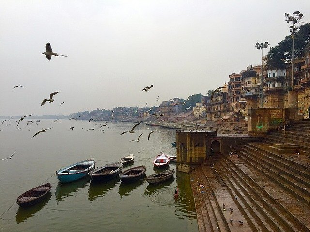 Top 10 Indian Places One Should Visit before Dying varanasi