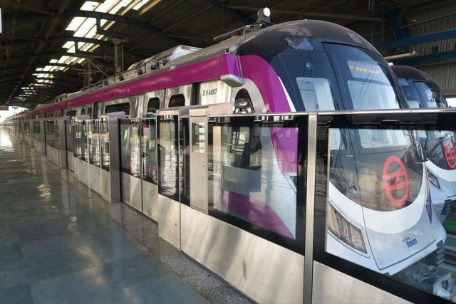 Women can Travel free in Delhi Metro Rail
